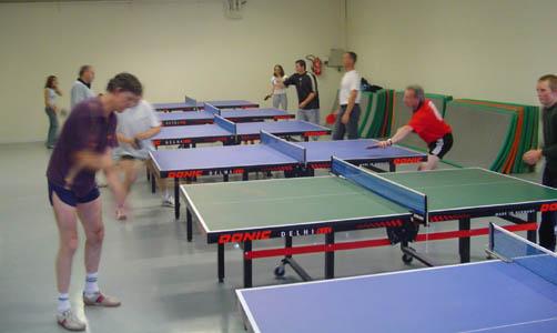 Elle permet d'accueillir 6 tables et est le siège des entraînements du club.